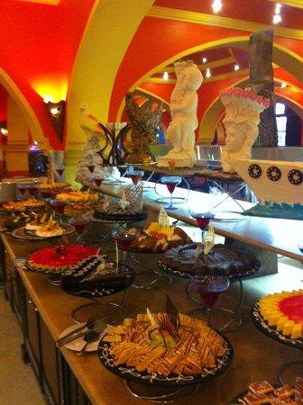 Domina Hotel & Resort Harem: Ресторан