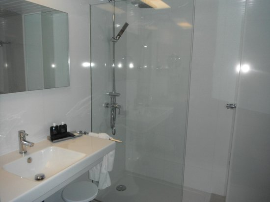 Nautico Ebeso Hotel : Bathroom