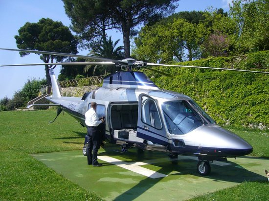 Villa Cimbrone Hotel Private Helipad