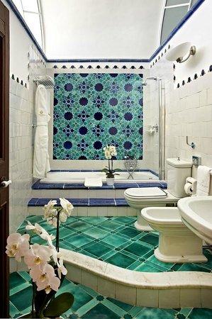 Villa Cimbrone Hotel: Bathroom