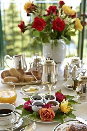 Villa Cimbrone Hotel: Breakfast