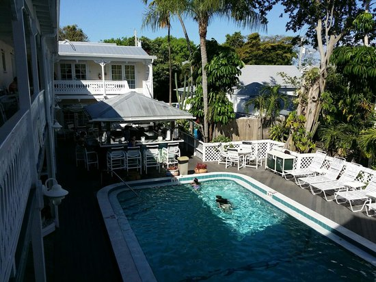 The Palms Hotel- Key West : Pool mit Tiki Bar