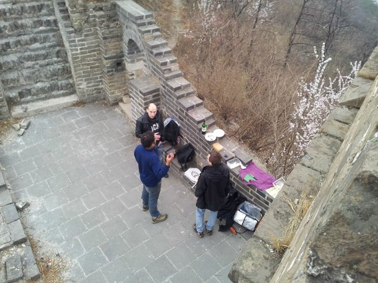 Side-car Motorcycles Trips - Beijing Sideways: Pic Nic on the Great Wall