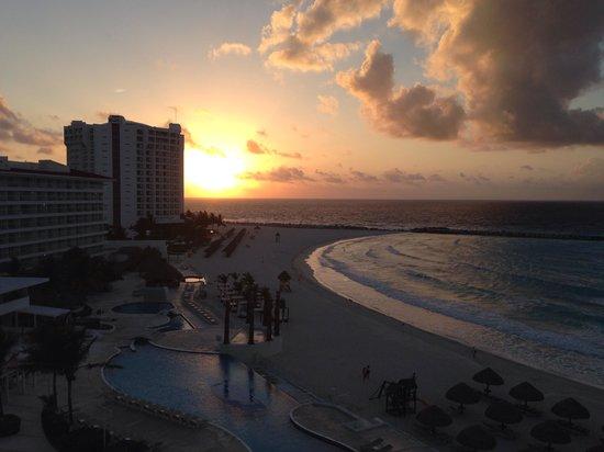 Krystal Cancun: Atardecer
