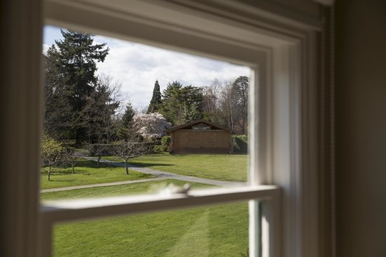 Fairholme Manor: Another view from the living room