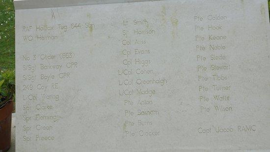 Pegasus Bridge: Memorial