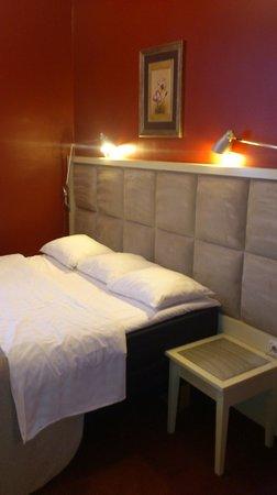 Merchant's House Hotel: Sanctuary Suite comfy bed