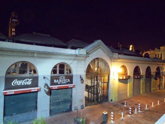 Don  Boutique Hotel: Vista da sacada para o Mercado