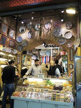 Egyptian Bazaar : MARCHE AUX EPICES