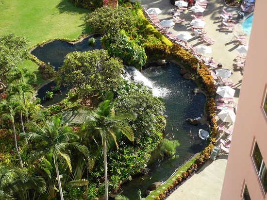 Ka'anapali Beach Club: View from above of the waterfall at the pool.