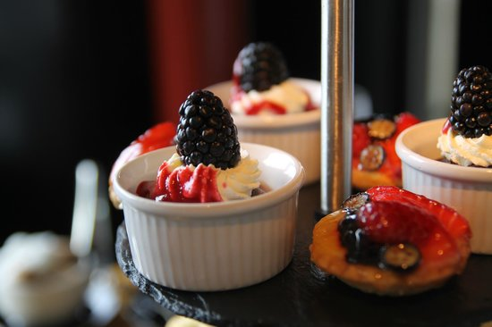 Tower Restaurant: Desserts