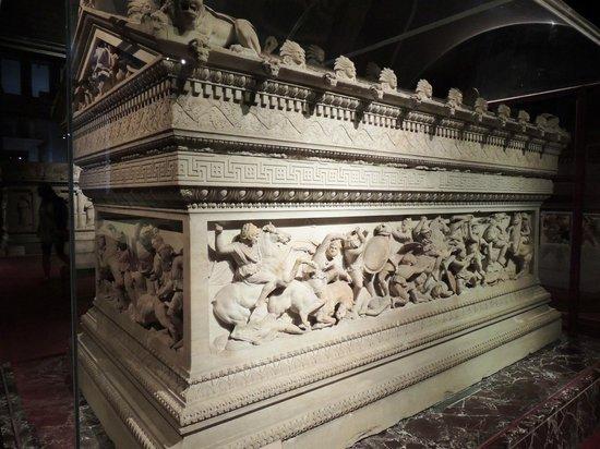 Museo de Arqueología de Estambul: SARCOPHAGE SCULPTURE ALEXANDRE LE GRAND
