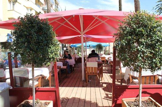 Restaurante Vives: terraza