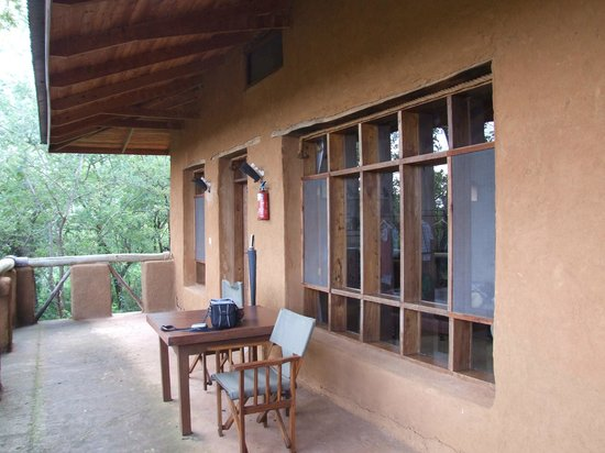 Ngorongoro Farm House, Tanganyika Wilderness Camps: room balcony