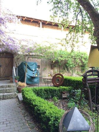 Hotel Gerberhaus: Exterior garden