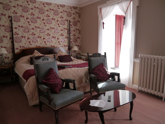 Maes-y-Neuadd Country House Hotel & Restaurant: The superior room