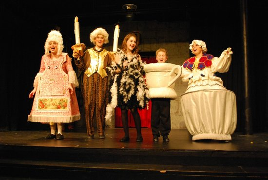 Oconomowoc, WI: Beauty and the Beast Jr.