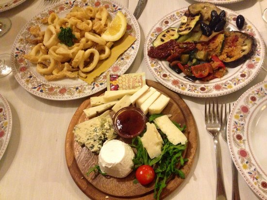 Ristorante Alessio : Cheese plate, calamari & grilled vegetables