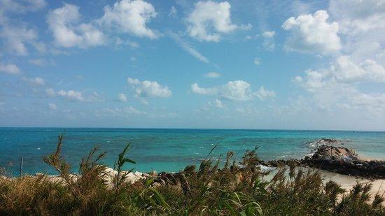 Bermuda Fun Golf: Fun Golf with a View ;-)