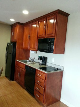 Candlewood Suites Lax Hawthorne: kitchen