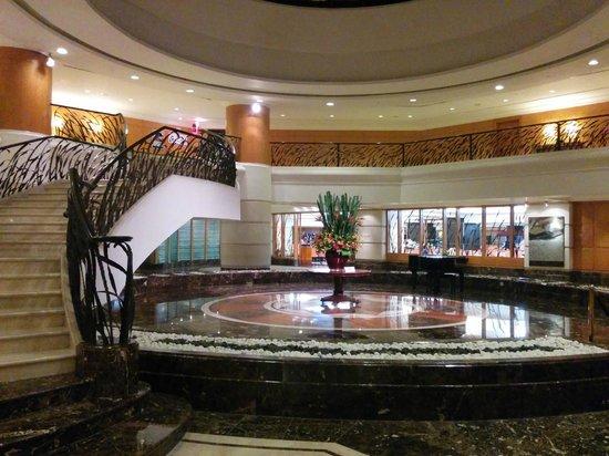Sunway Putra Hotel : The lobby