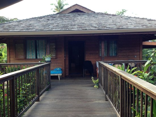Moorea Surf Bed and Breakfast: VIEW OF THE ROOM FROM OUTSIDE