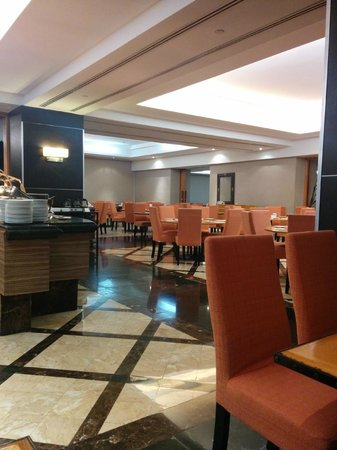 Sunway Putra Hotel : Restaurant and breakfast area