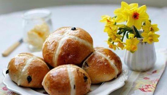 Flurys: Hot cross buns
