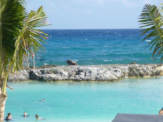 Hard Rock Hotel Riviera Maya : vista desde alberca
