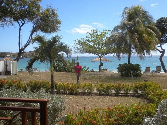 Bequia Beach Hotel: View from a beach front room