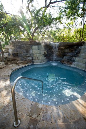 Hyatt Regency Hill Country Resort and Spa : Edge Falls Hot Tub