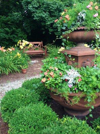 Kirkwood Inn : Kirkwood's vibrant perennial garden and scenic nature trail.