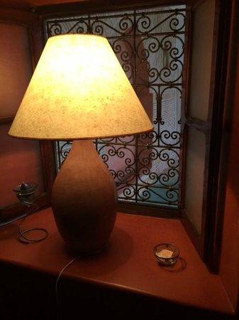 Riad Alena : iluminación