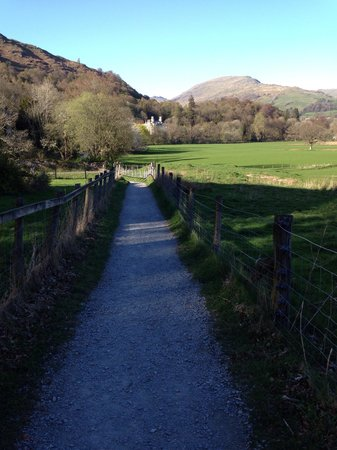 Brathay Hall: Short cut to the village