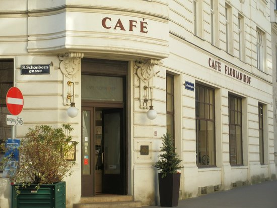 Cafe Florianihof: outside