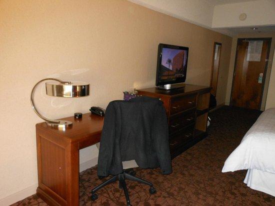 Le Centre Sheraton Montreal Hotel : work area