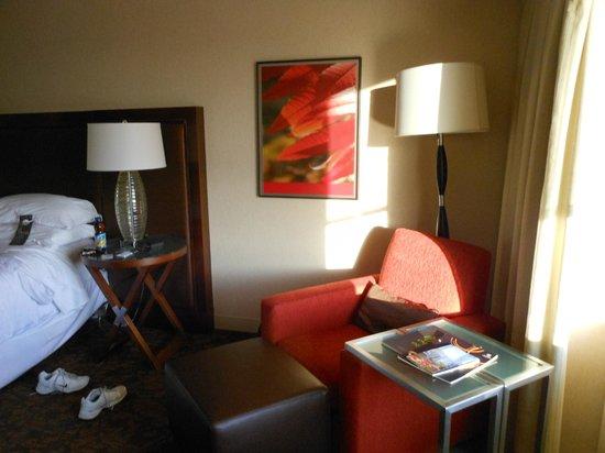 Le Centre Sheraton Montreal Hotel : sitting area