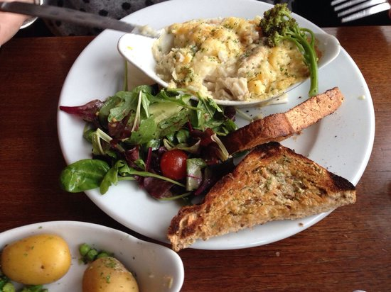 The Kings Arms: Fish pie