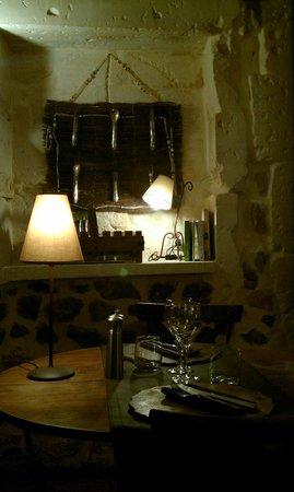 L' OUSTALOUN : Table du Restaurant