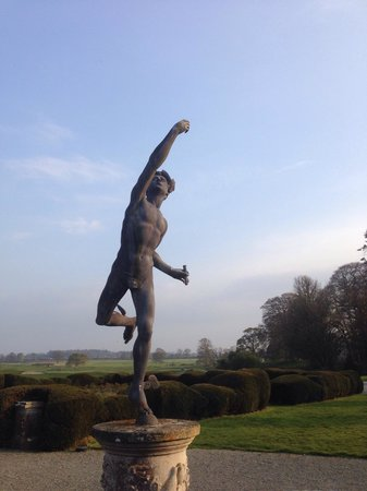 Carton House Hotel & Golf Club: Athletic sculpture by the entrance