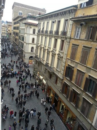 Hotel Brunelleschi: Dalla finestra del Brunelleschi