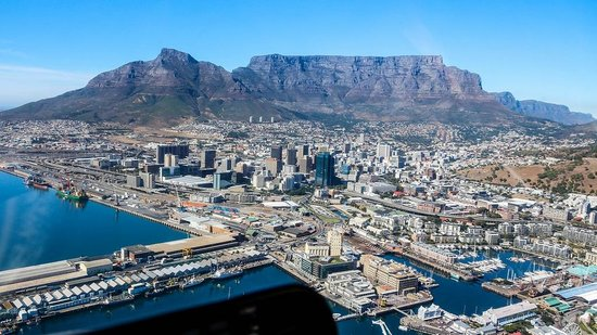 The Twelve Apostles Hotel and Spa : Cape Town from above