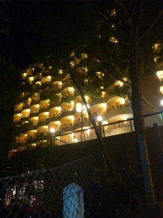 Hotel Blue Bay: hotel noca