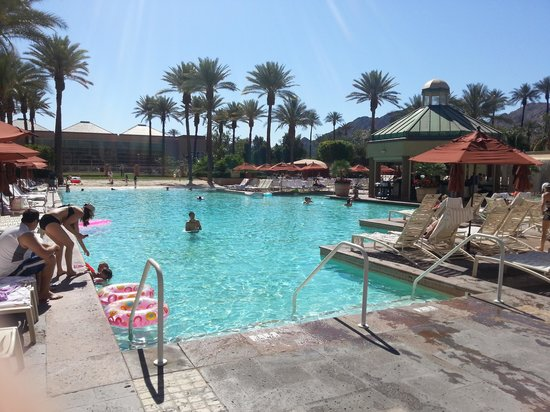 Renaissance Indian Wells Resort & Spa: Hotel Pool