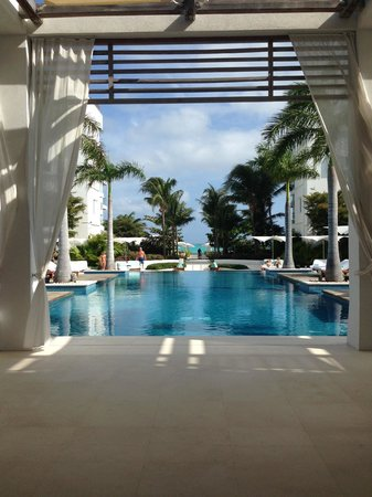 Gansevoort Turks + Caicos: The most gorgeous pool!
