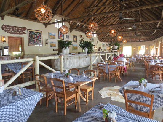Umngazi River Bungalows & Spa : Dining Room