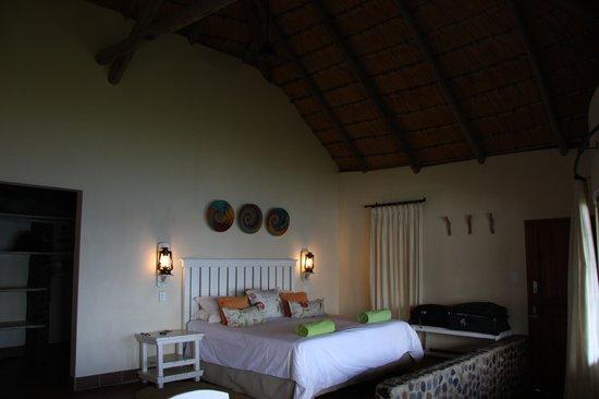 Umngazi River Bungalows & Spa : Lower Bank Cottage Room