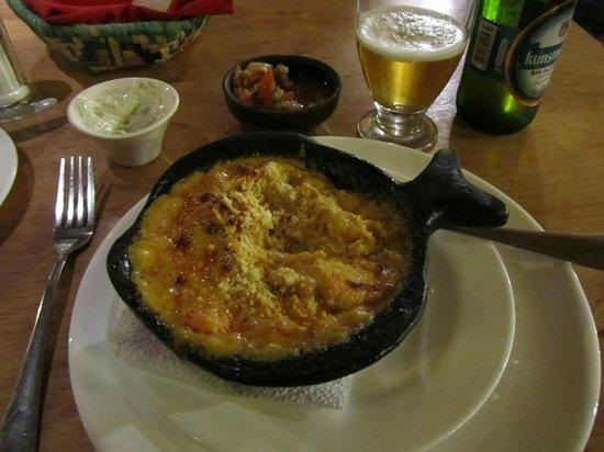 La Luna Restaurant: Picante de Camerones (Spicy Baked Shrimp)