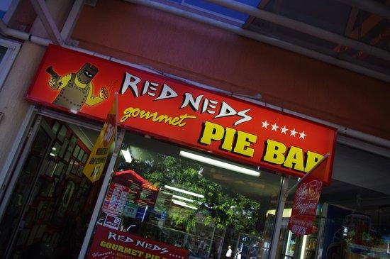 Mantra Aqua: The best pies in Australia!
