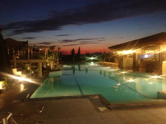 Aegean View Aqua Resort: Our wee bit of paradise....lovin the sunsets